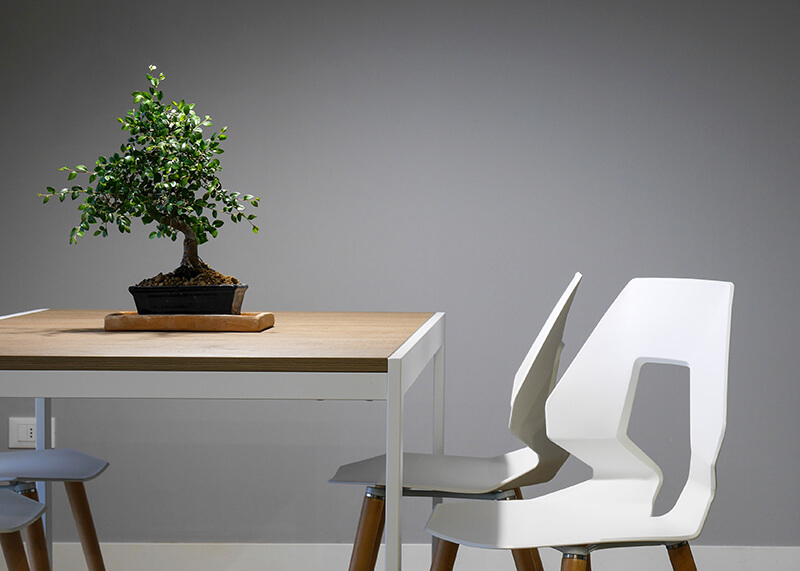 dining-table-img